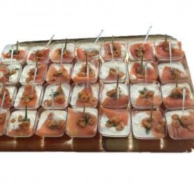 Verrines saumon crevettes